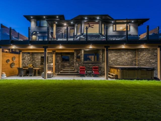 award winning home builder